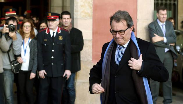 El presidente catalán en funciones, Artur Mas, a su llegada al Parlament para el pleno de investidura.