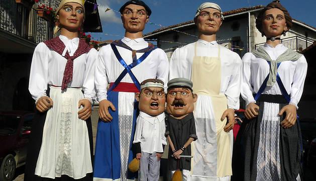 El barrio de la Rochapea celebra un año más la Fiesta de los Gigantes