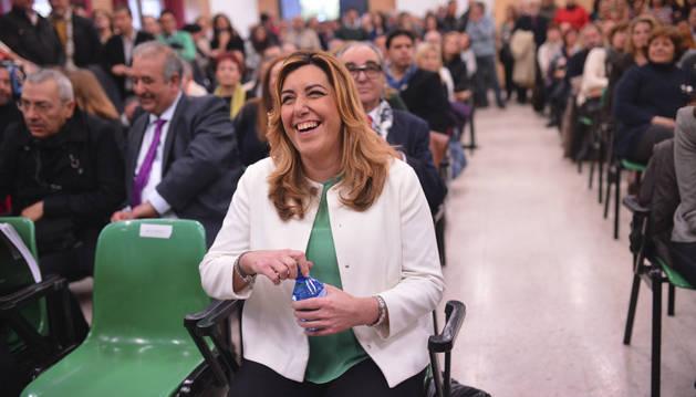 Susana Díaz , durante la visita realizada hoy al Centro de Servicios Sociales Comunitarios Levante en Córdoba.