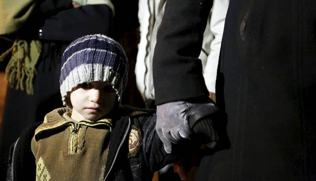 Más de 300 personas son evacuadas de la localidad siria de Madaya