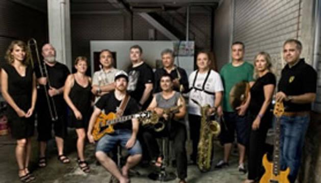 Concierto con 'No More Blues' en el Zentral