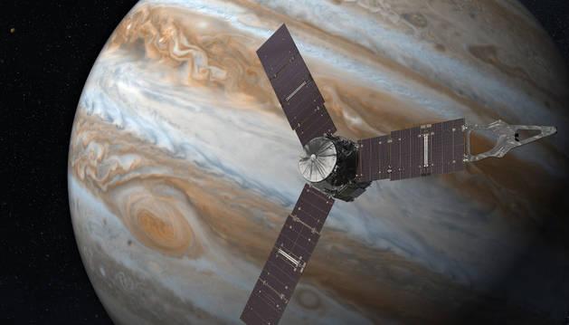 La nave Juno bate la distancia recorrida con energía solar