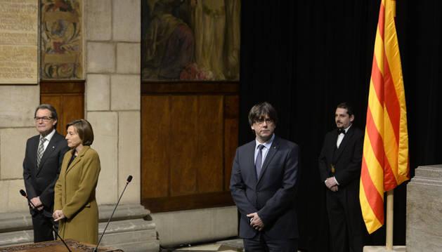 Carles Puigdemont durante el acto de toma de posesión del nuevo gobierno catalán.