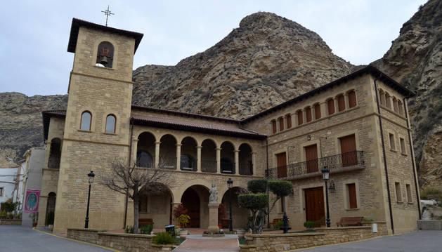 Basílica de la Virgen del Olmo, edificio inaugurado en 2014.