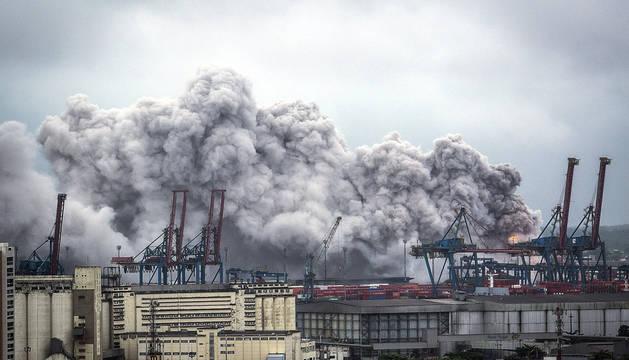 39 personas atendidas por una enorme nube de gas tóxico en Brasil
