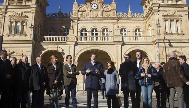 Rajoy avisa a Sánchez que sus pactos