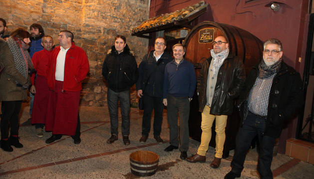 Sofía Pardo; Ángel Miguel Fernández; y los representantes del Aspil-Vidal Javier Ruiz, Alberto Ramírez, José Antonio León, José Manuel Alves y Javier Igea.