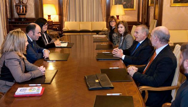 El vicepresidente Ayerdi se ha congratulado de este avance para la creación de lazos empresariales con Argentina.