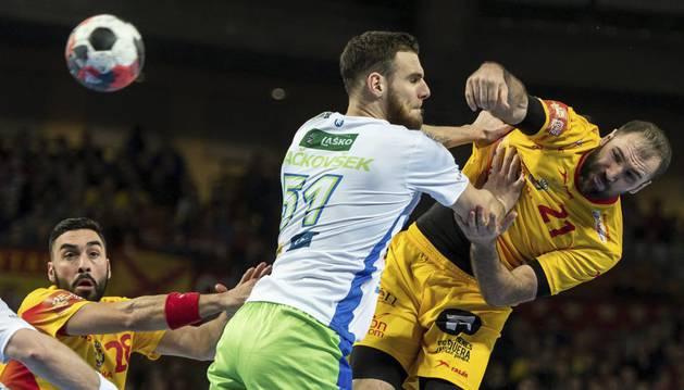 Cañellas, contra Eslovenia.