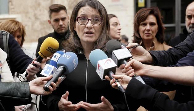 Oltra pide a Sánchez un diputado para que las alianzas de Podemos formen grupo