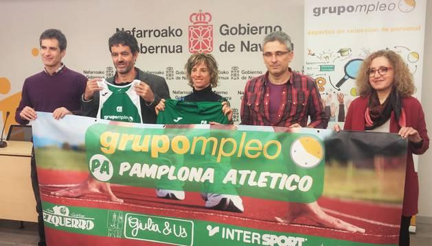 Presentación del acuerdo entre Grupoempleo y Pamplona Atlético.