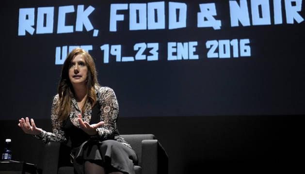 Dolores Redondo durante la conferencia inaugural 'Pamplona Negra'.