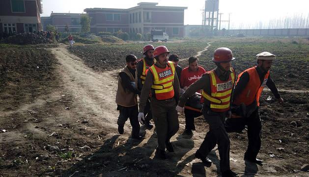 Al menos nueve muertos en un asalto a una universidad de Pakistán
