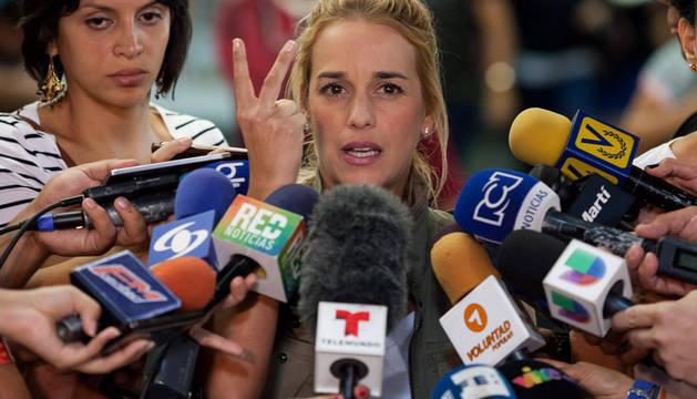 La mujer del opositor Leopoldo López denuncia hostigamiento en la cárcel
