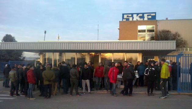 Jornada de paro en SKF en contra  del despido de un trabajador