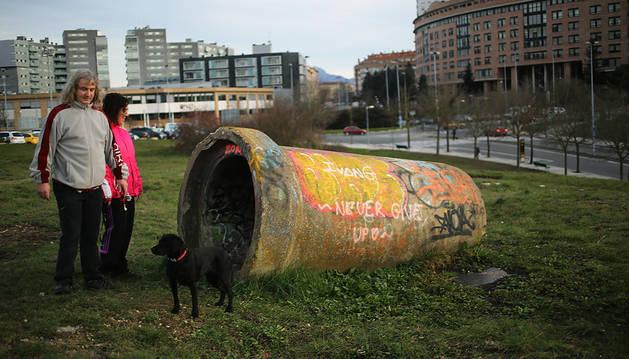 Dueños de perros de Mendebaldea piden el parque Mariano Arigita