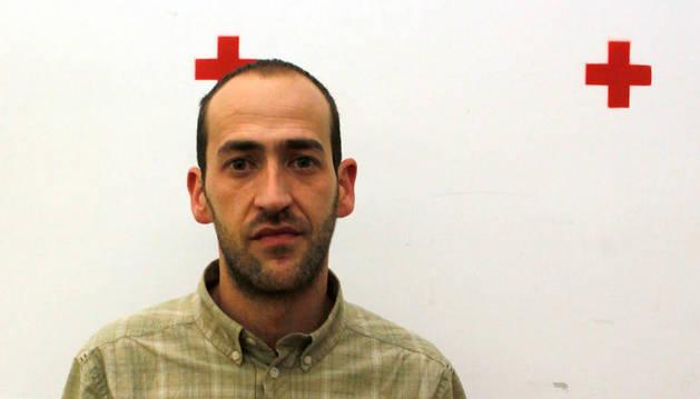 El delegado de Cruz Roja Navarra, Raúl Ecay, regresa de Grecia