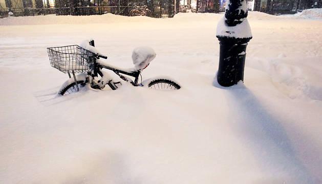 La 'supertormenta' de nieve deja al menos 19 muertos en EE UU