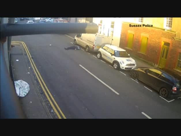 Atropella a un hombre y se da a la fuga en Reino Unido