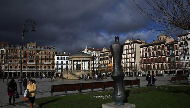 Cielo cubierto sobre Pamplona.