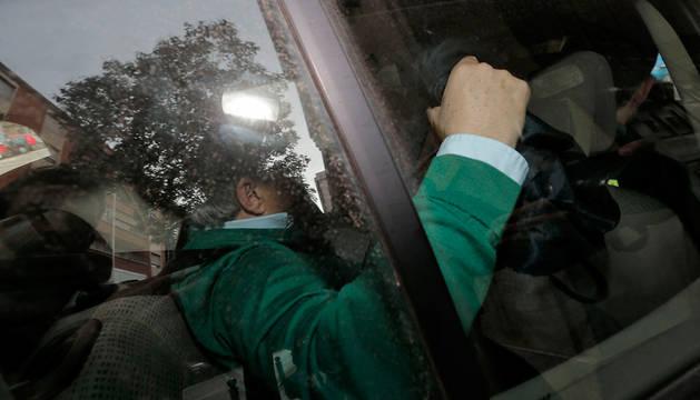 Alfonso Rus, ex presidente del a Diputación de Valencia, a su llegada a la Comandancia de la Guardia Civil.