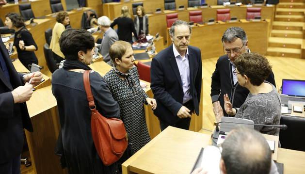 El Parlamento vota los Presupuestos de Navarra para 2016.