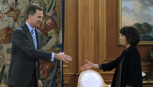 El Rey recibe en el Palacio de la Zarzuela a la diputada de En Marea-Podemos, Alexandra Fernández.