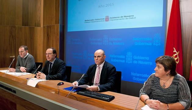 José Roldán, Luis Gabilondo, José Elizalde y Montse Lorente, durante la presentación del balance de trasplantes de 2015.