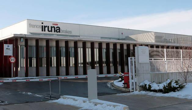 Exterior de la planta de Frenos Iruña en el polígono industrial Comarca 2, en Esquíroz.