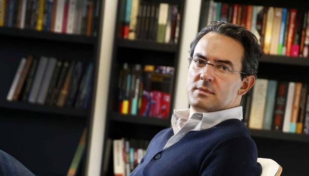 El escritor colombiano Juan Gabriel Vásquez.