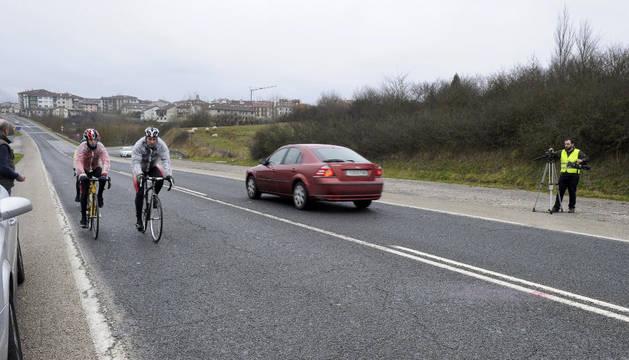 Carretera de la Barranca (NA-2410), donde esta madrugada ha aparecido el cadáver de un joven de unos 19 años.