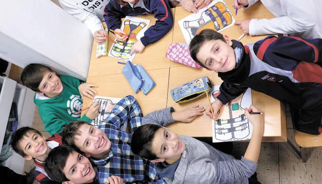 Escolares durante una de las actividades.