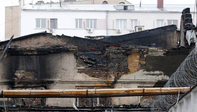 Al menos once muertos en un incendio intencionado en una fábrica de Moscú