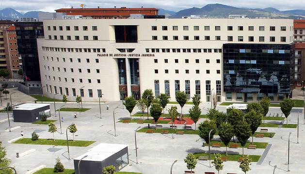 Vista aérea del Palacio de Justicia, en Pamplona.