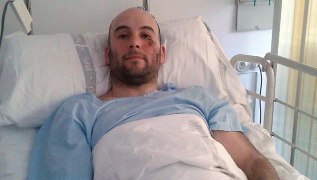 Rubén Moro Aristu, pamplonés de 35 años, en el Complejo Hospitalario de Navarra.