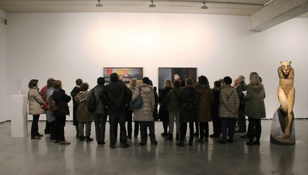 Visita por la exposición 'Alrededor de una pasión', de Marcos Covelo