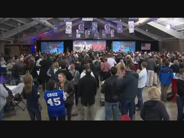 Empate entre Clinton y Sanders y derrota de Trump en Iowa