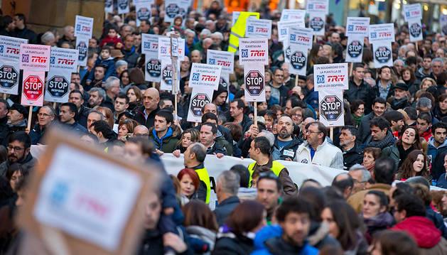 Manifestación contra los despidos celebrada en Pamplona el sábado pasado.