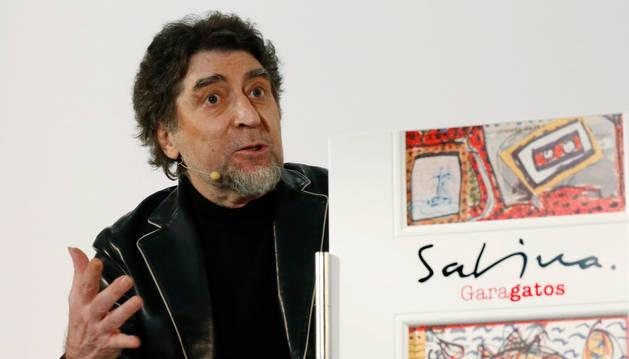 Sabina, un 'intruso' que dibuja, publica sus 'Garagatos'