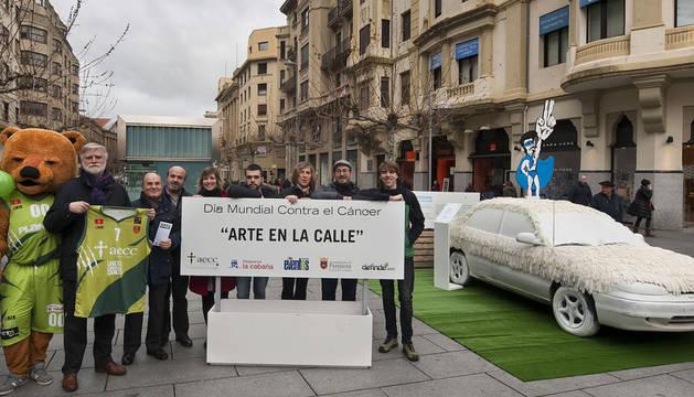 Arte en plena calle para luchar contra el cáncer
