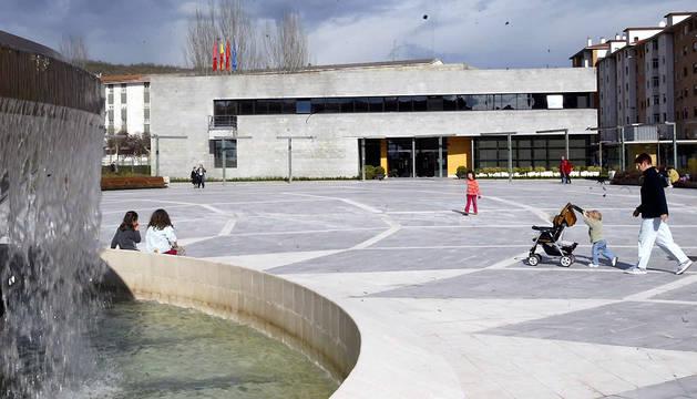Fachada del Ayuntamiento de Ansoáin.
