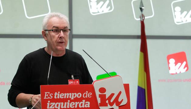 Lara, forzado a retirar la exigencia de formar grupo con Garzón a 3 diputados de IU