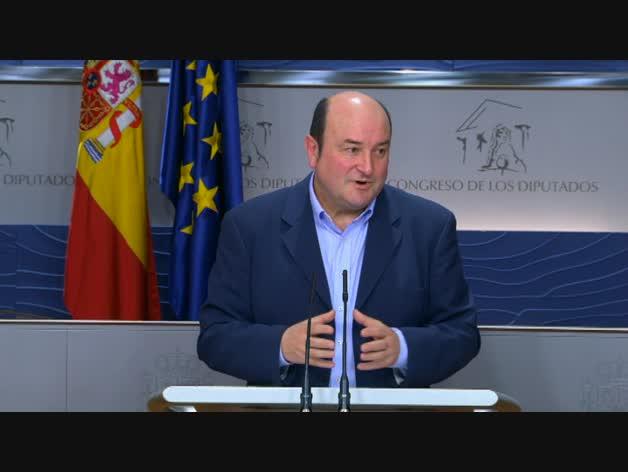 El PNV apoyaría al PSOE