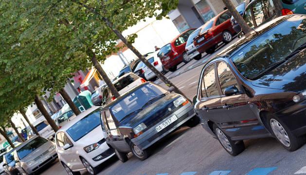 Pamplona cuenta con seis sectores de estacionamiento restringido para residentes y usuarios de pago.