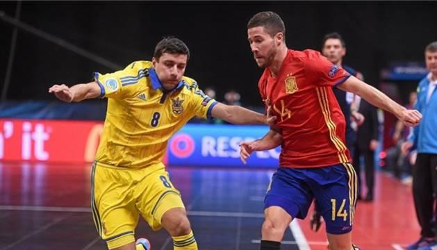 Campos, en el partido de España contra Ucrania.