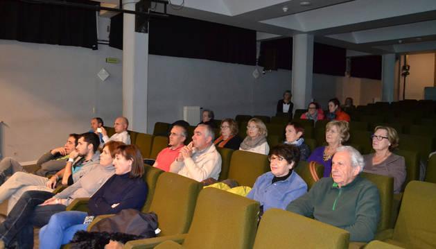 Asamblea ciudadana que tuvo lugar en San Adrián.