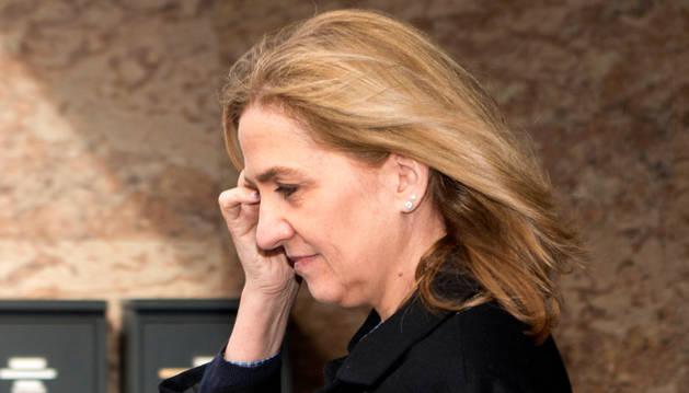 La infanta Cristina de Borbón, a su salida de la Audiencia de Palma.