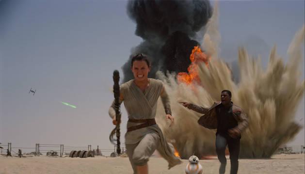 Una escena de 'Star Wars: El despertar de la Fuerza'.