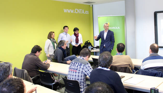 Héctor Barbarin, director general del CNTA, da la bienvenida a los asistentes.