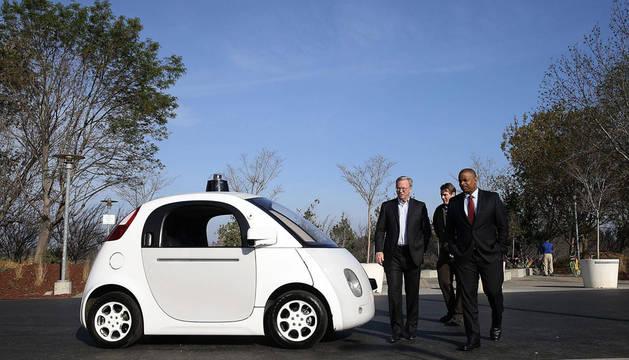 Un vehículo autodirigido que desarrolla Google.